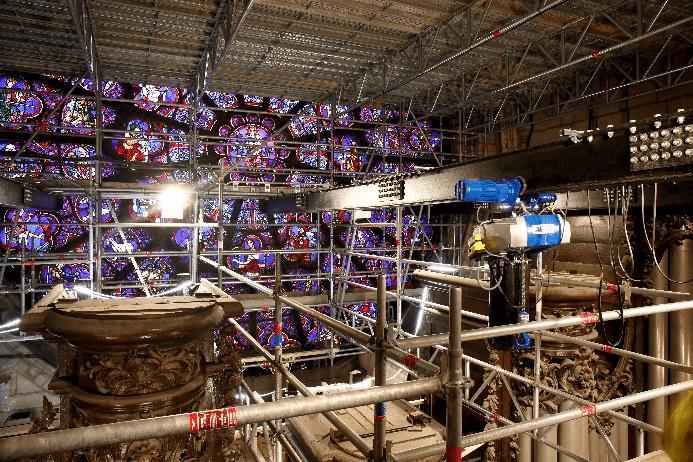 Chantier de restauration de la cathédrale Notre-Dame de Paris-deux ans après l'incendie