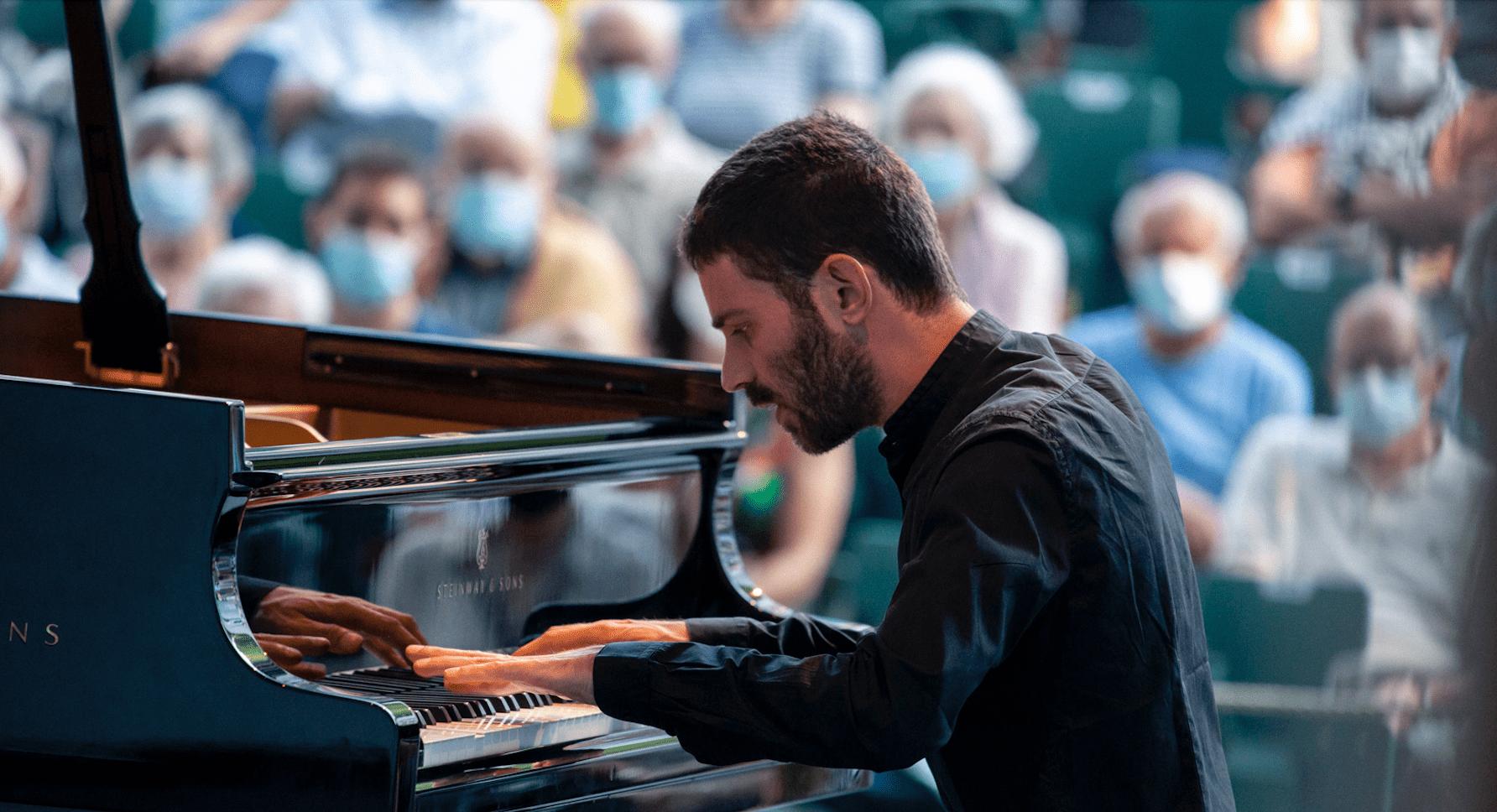 Adam Laloum festival international de piano de La Roque d'Anthéron